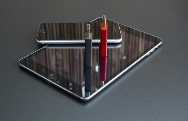 AudioQuest DragonFly Black en Red met iPhone en iPad mini